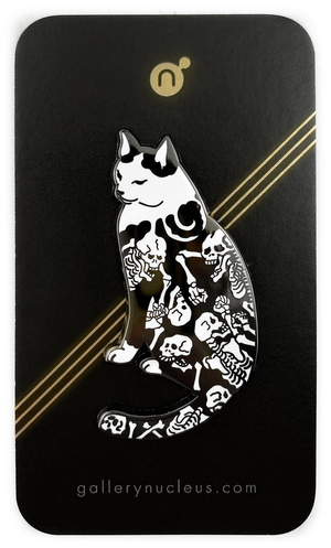 Monmon Cats Skeleton Fight Pin, Horitomo